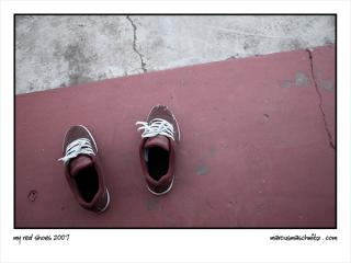 Red shoes photographed by Marcus Maschwitz