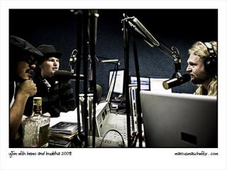 UJ FM with Bemo and Buddha photographed by marcus maschwitz
