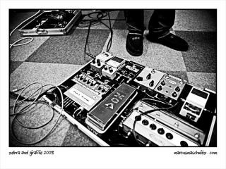 Alan Shentons pedal board photographed by Marcus Maschwitz