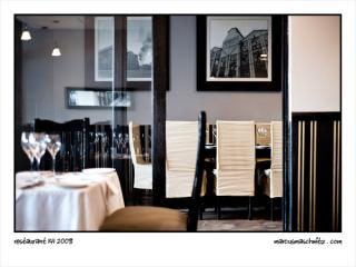 interior of restaurant 141 in greenside photographed by marcus maschwitz