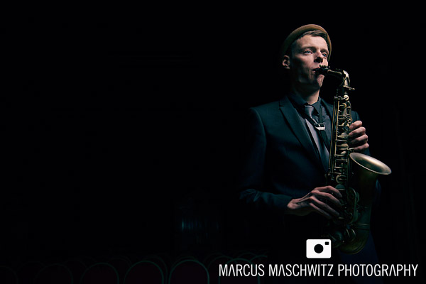 black-and-gold-jazz-portraits-04