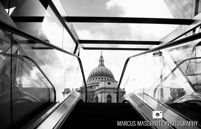 london-city-in-black-and-white-08