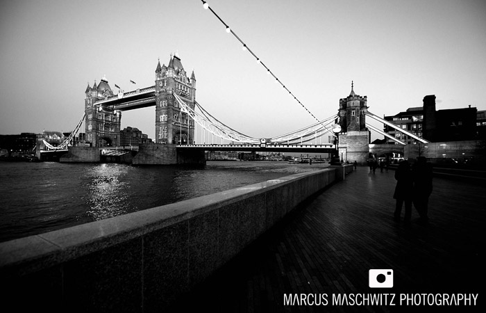 london-city-in-black-and-white-09