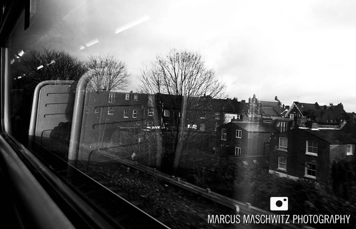london-city-in-black-and-white-13