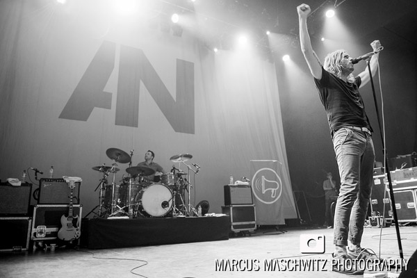 awolnation-shepherds-bush-03