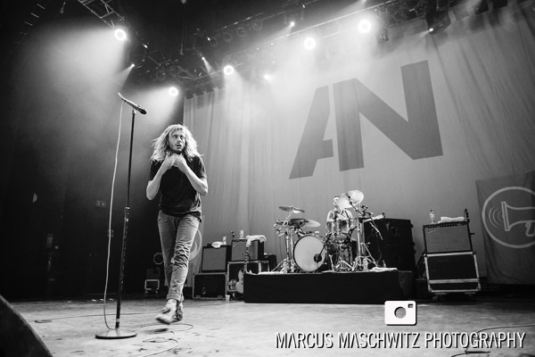 awolnation-shepherds-bush-05