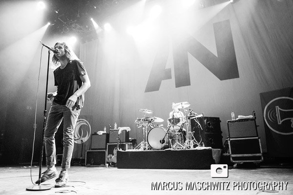 awolnation-shepherds-bush-18