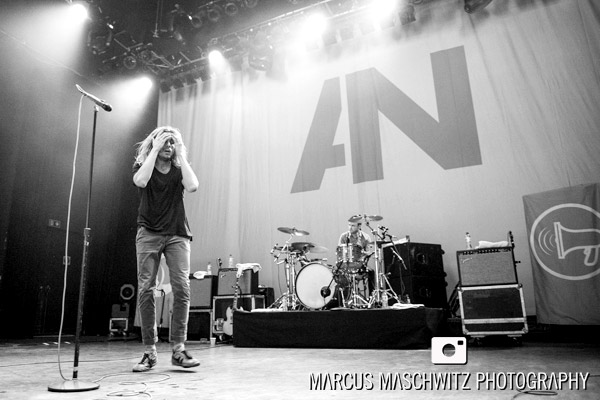 awolnation-shepherds-bush-19