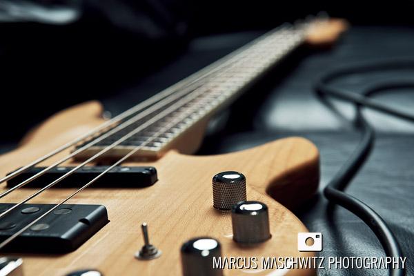 damion-sheppard-bassist-portraits-04