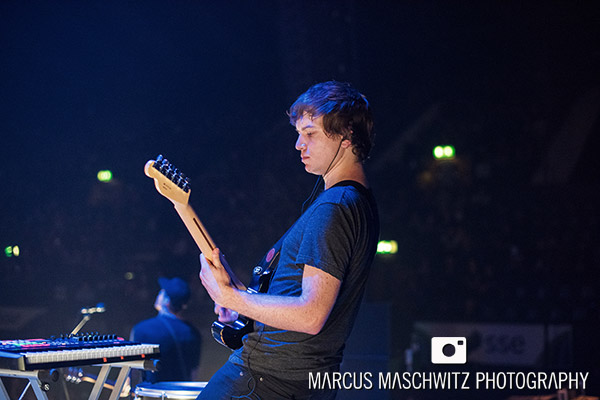 young-guns-wembley-arena-06