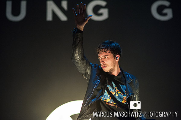 young-guns-wembley-arena-18