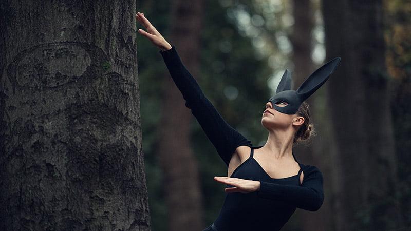 liz-denton-pryti-bitter-pill-ballerina-music-video-01