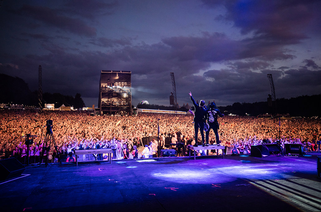 Fall Out Boy photographed live headlining a festival by Marcus Maschwitz
