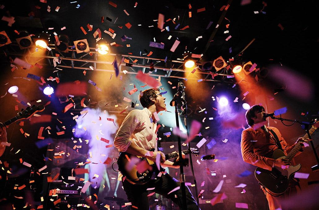Damian Kulash of OK Go photographed live on stage by Marcus Maschwitz