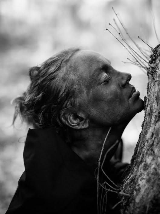 Hannah Elizabeth Kaney yoga portrait photographed by Marcus Maschwitz