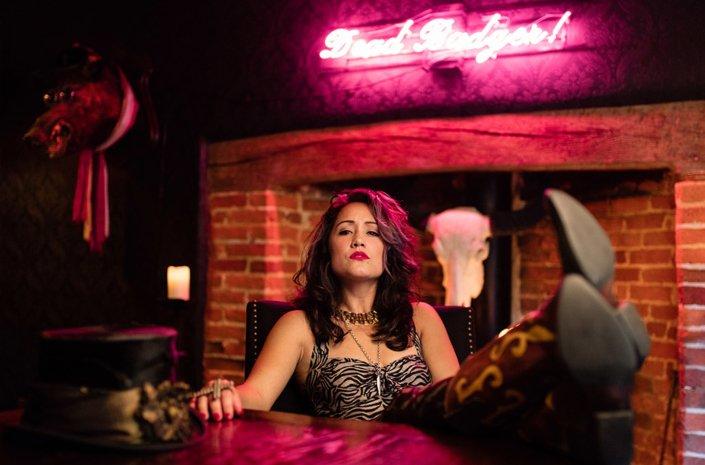 Zoe Devlin Love singer songwriter portrait photographed by Marcus Maschwitz