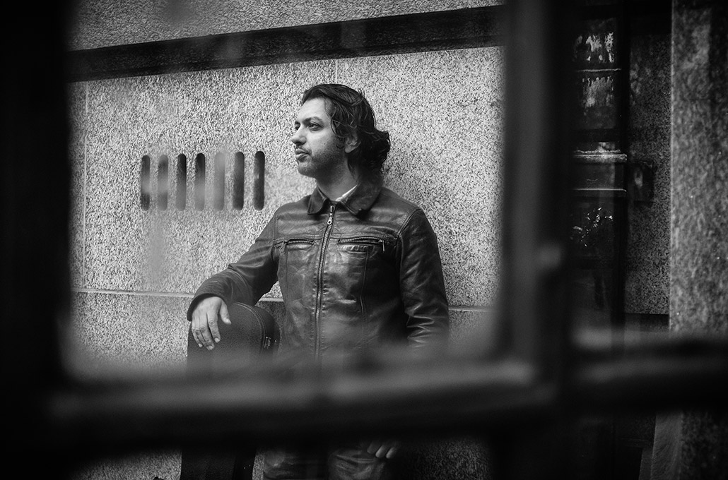 Azim through a phonebooth in London photographed by Marcus Maschwitz