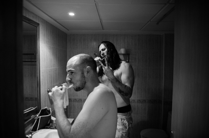 Gareth Lawrence and James Davies of The Blackout brushing teeth photographed by Marcus Maschwitz