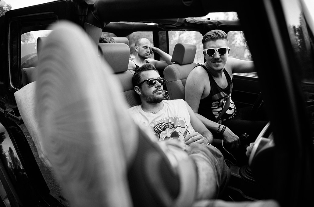 The Blackout hanging out in a Jeep photographed by Marcus Maschwitz