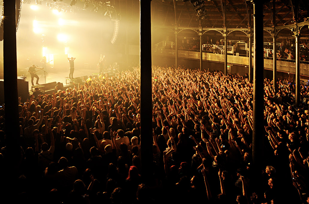 The Blackout crowd at a show photographed by Marcus Maschwitz