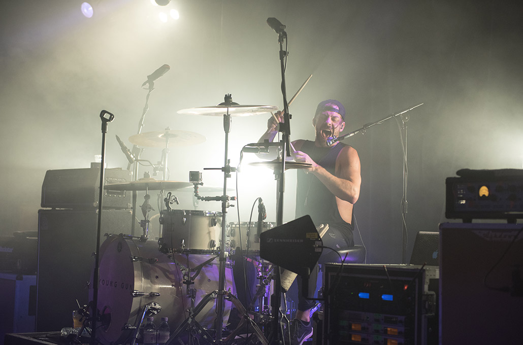 Ben Joliffe of Young Guns drumming at Scala photographed by Marcus Maschwitz