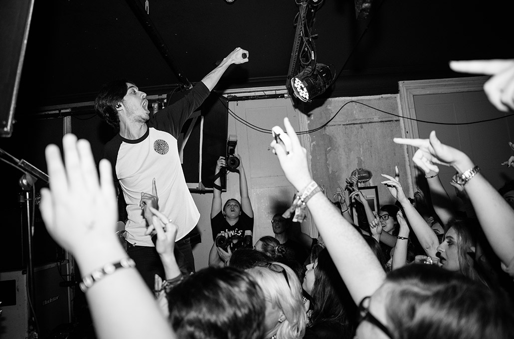Gustav Wood of Young Guns intimate show photographed by Marcus Maschwitz
